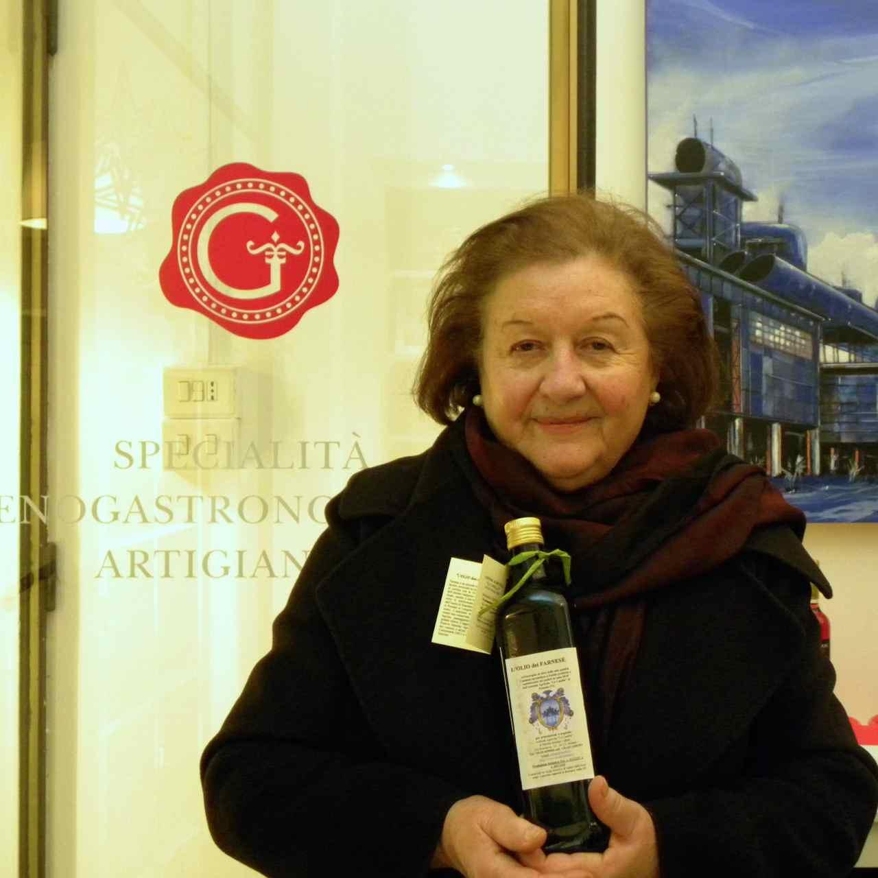 Mirella Bersani Calleri - Olio extravergine di oliva Farnese - Farnese Extra Virgin Olive Oil - Gustorotondo - Italian food boutique