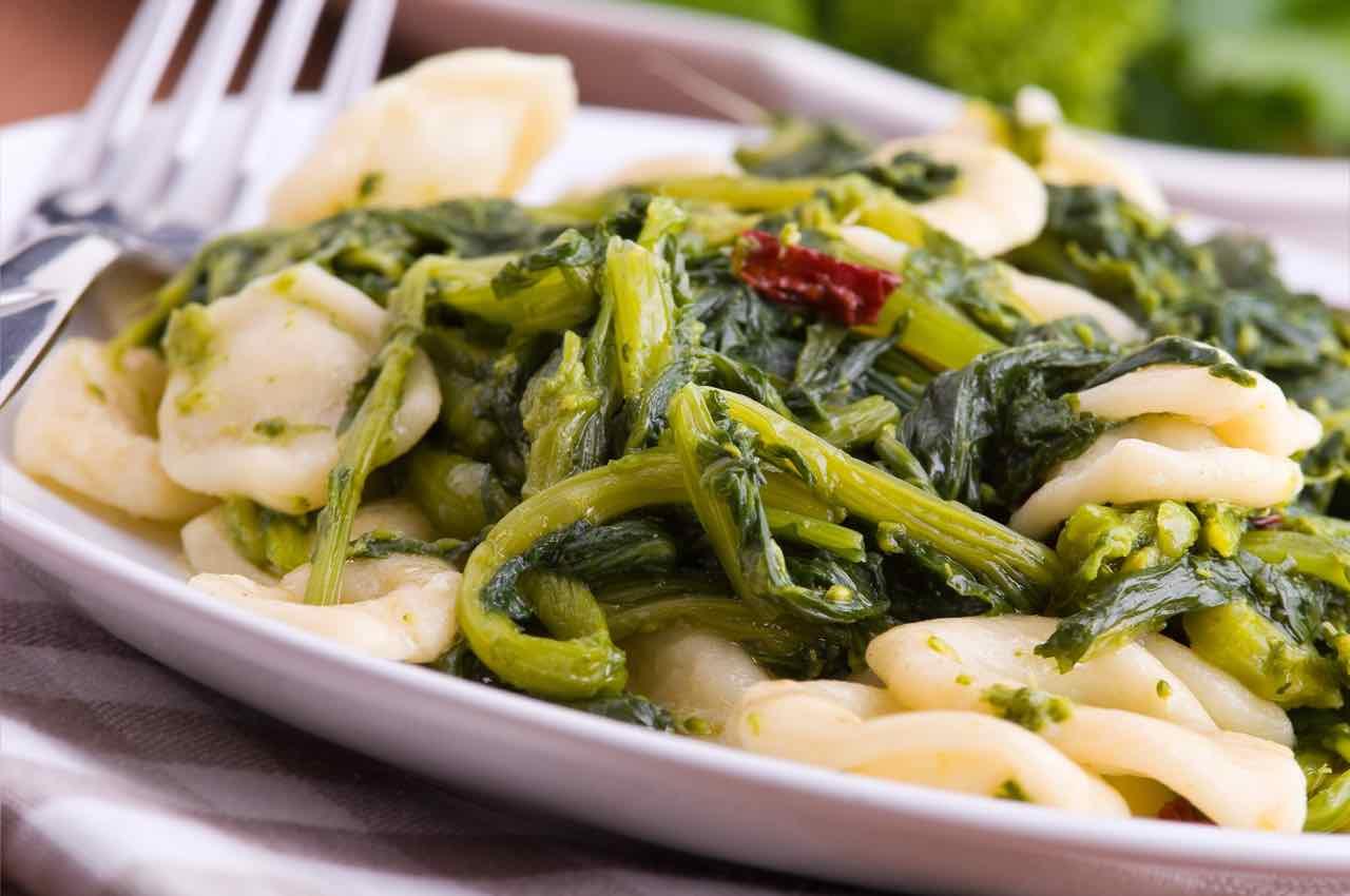 Orecchiette e cime di rapa: conosci la ricetta originale?