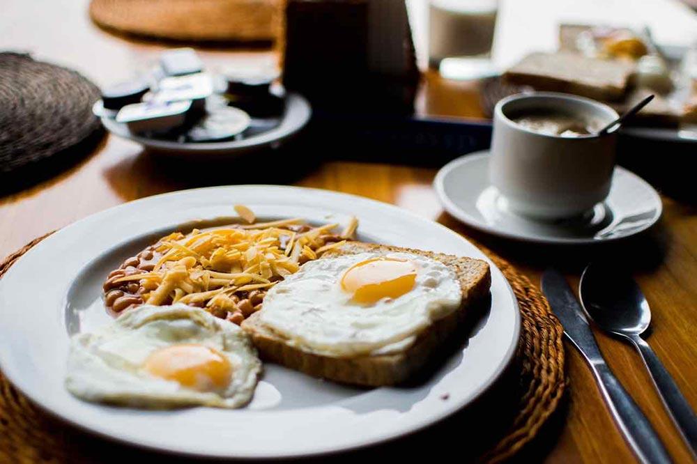 Il fascino della colazione salata. Prodotti e idee per tutti i gusti