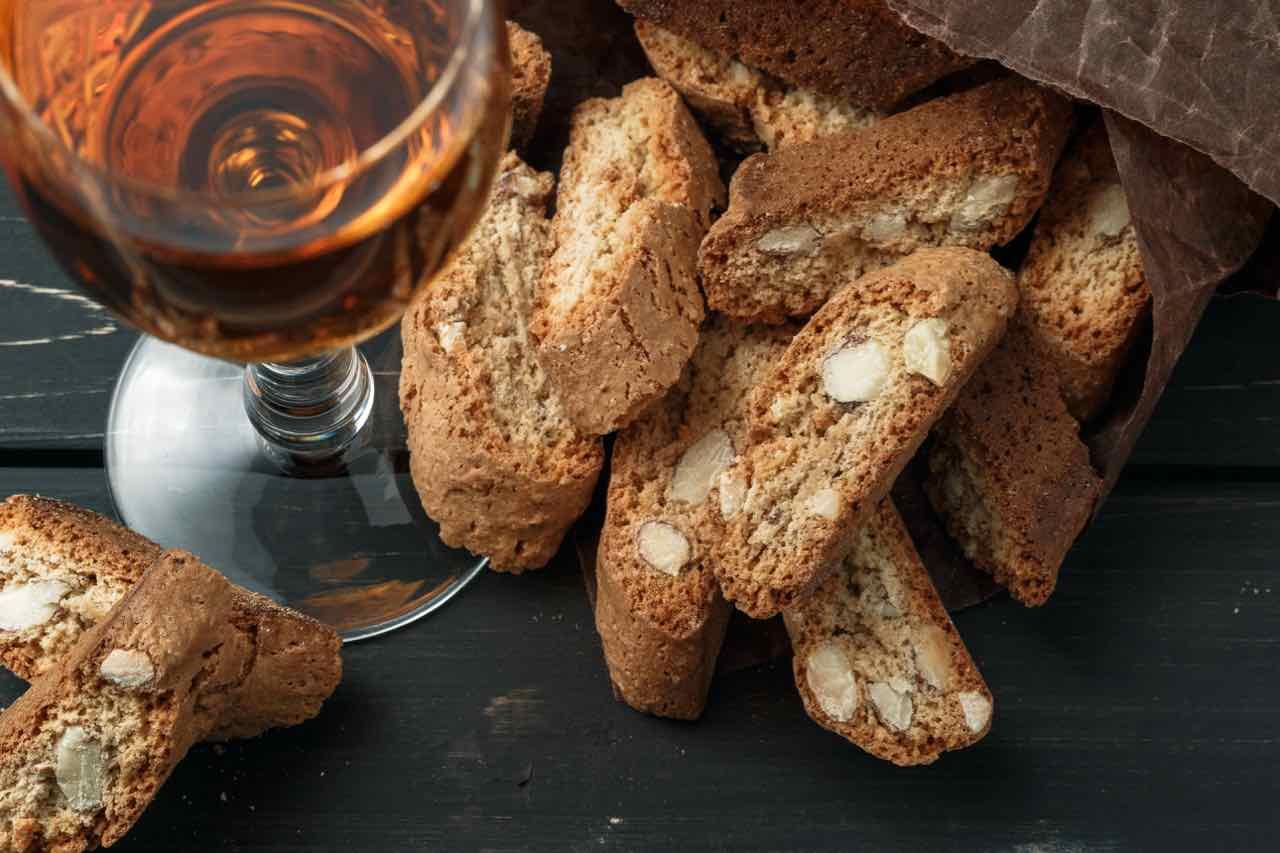 biscotti di prato - Gustorotondo Italian food boutique - I migliori cibi online - Best Italian food online - spesa online