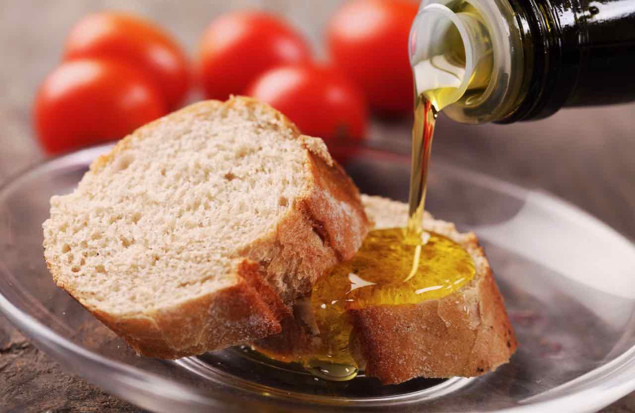 olio extravergine di oliva italiano - Gustorotondo Italian food boutique - I migliori cibi online - Best Italian food online - spesa online