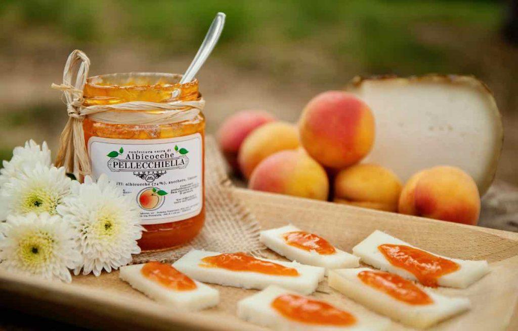 Confettura albicocche Pellecchiella Monte Somma - Pellecchiella Monte Somma apricot jam - Gustorotondo Italian food boutique - I migliori cibi online - Best Italian foods online - spesa online