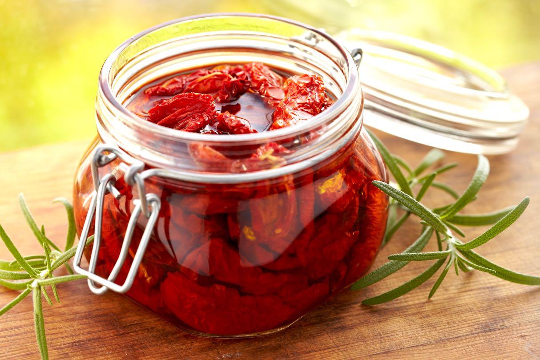 Pomodori secchi sott'olio - dried tomatoes in olive oil - Gustorotondo Italian food boutique - I migliori cibi online - Best Italian foods online - spesa online