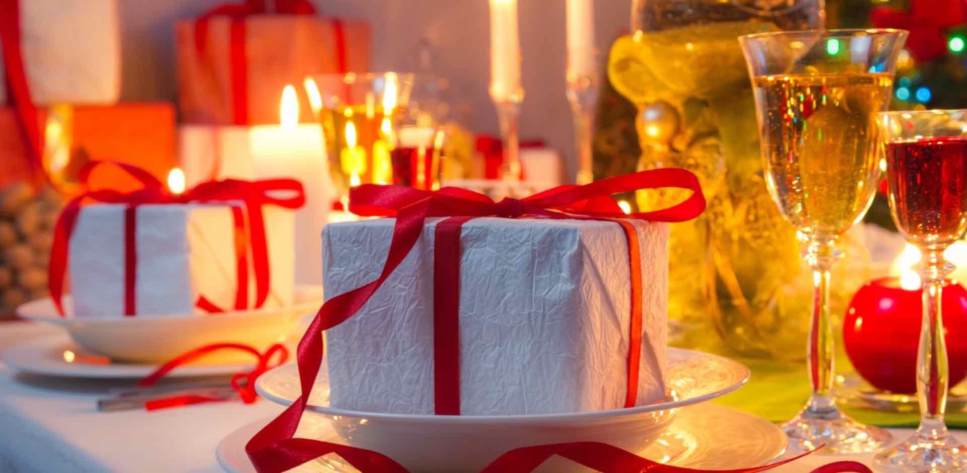 Tavola - Natale - omino - panpepato - Gustorotondo - spesa online
